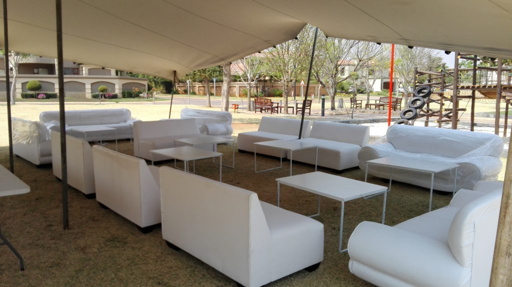 Decorvent hire gallery decorvent hire gallery jhb pta for Cocktail tables hire durban